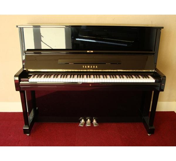 PIANO CU YAMAHA U2H