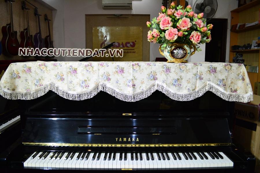 Khăn phủ đàn Piano thêu hoa hồng bất tử - U106