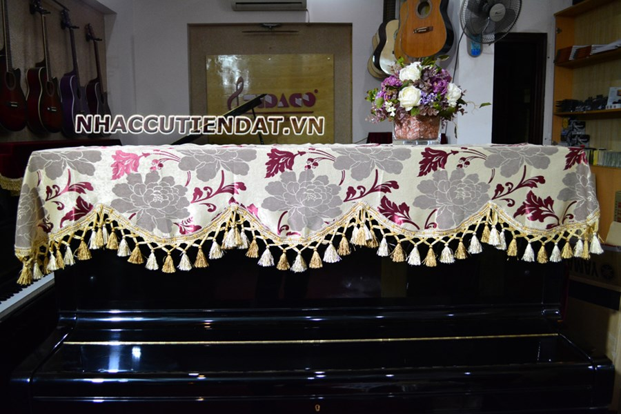 Khăn phủ đàn Piano thêu hoa sang trọng - U105